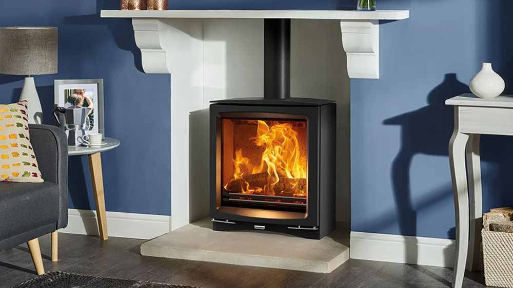 Stovax Vogue Medium slimline 5KW woodburing stove.